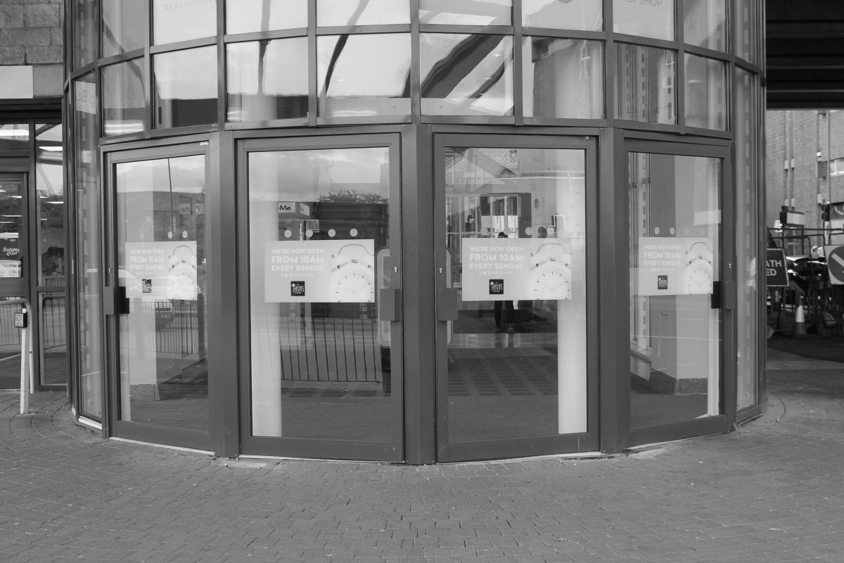 entrance-access-solutions-products-manual-doors