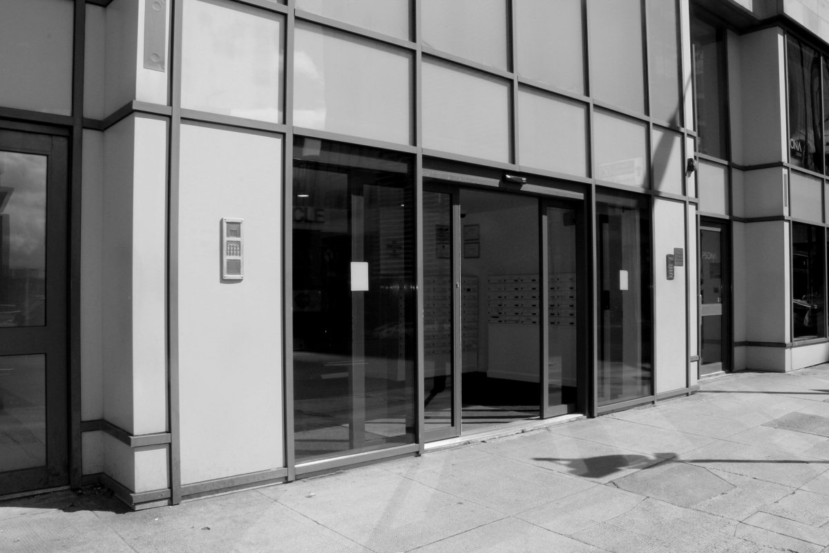 entrance-access-solutions-products-products-automatic-sliding-doors